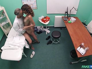 Cam catches the moment this teen fucks with her physician