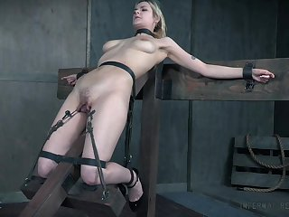 BDSM sex carry on leads the busty underling girl to insane orgasms