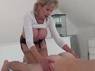 Beneath criticism english mature gill ellis showcases her beamy boobies