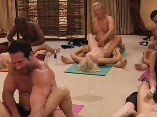 Steamy tantric sex between swingers