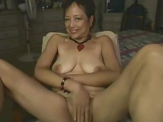Asian Mommy Effectuation With Dildo On Webcam