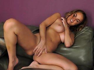 Sexy brunette babe Heather Joy unique sex