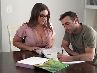 Its Hard To Stay Focus Presently You Got A Busty Crammer - Natasha Error-free
